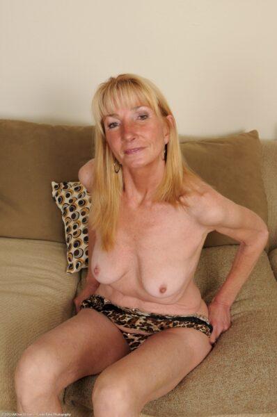 Passez un plan cul torride avec une femme cougar sexy