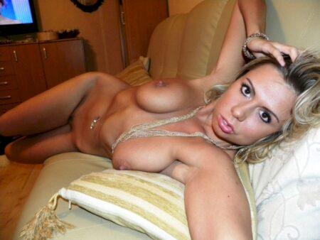 Une femme sexy de La Seyne-sur-Mer pour votre plaisir